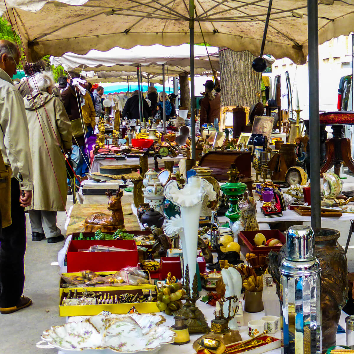 Best Flea Markets In Paris For Bargain Ping Discovery