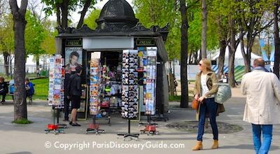 Newstand near Grand Palais in Paris