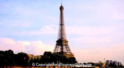 Eiffel Tower near sunset in Paris