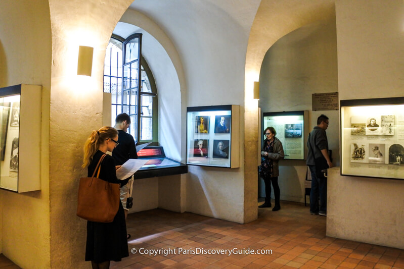 This exhibit focused on the lives and achievements of Conciergerie prisoners before their arrests during the Reign of Terror