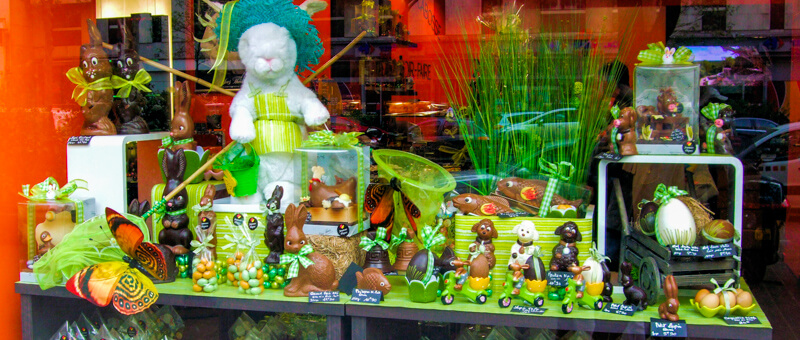 Easter bunnies & chocolates in a Paris bakery window