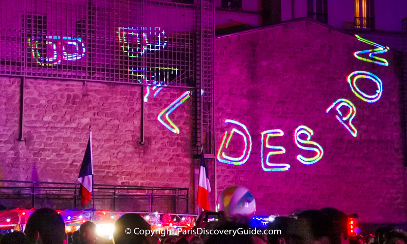 Light show at the Arènes Bal des Pompiers