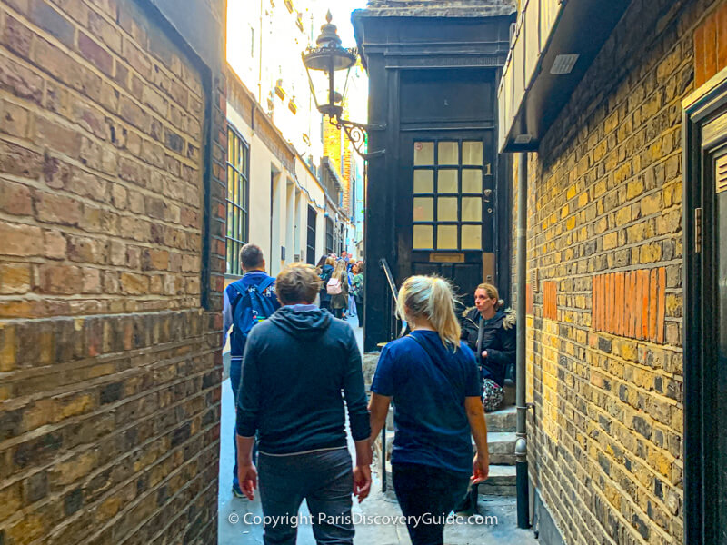 Godwin's Court in London - is it the inspiration for Diagon Alley in the Harry Potter books?