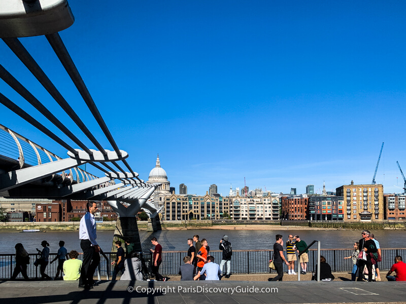 The Millennium Bridge, viewed from the South Bank of the Thames