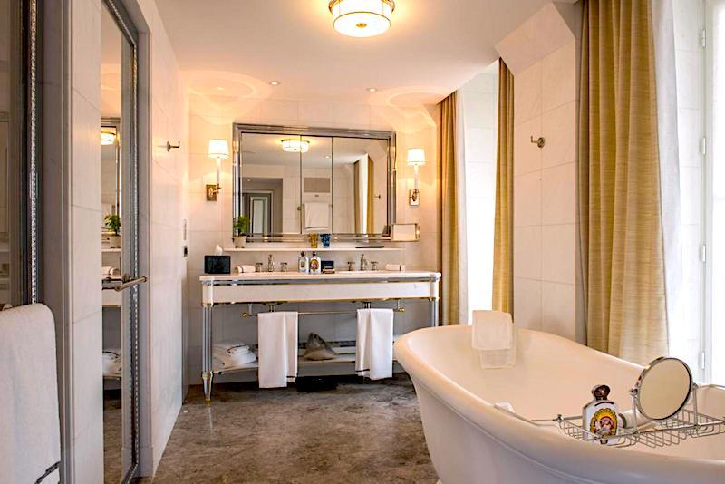 Sumptuous bathroom at Hotel de Crillon