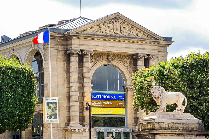 Jeu de Paume, near Place de la Concorde