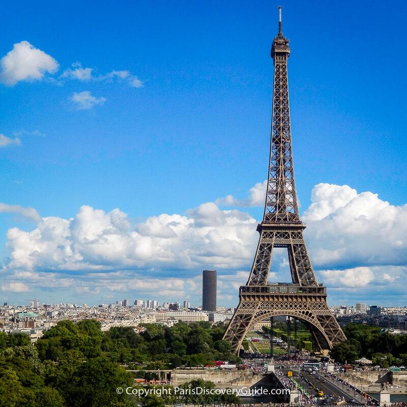 Eiffel Tower near sunset in Paris