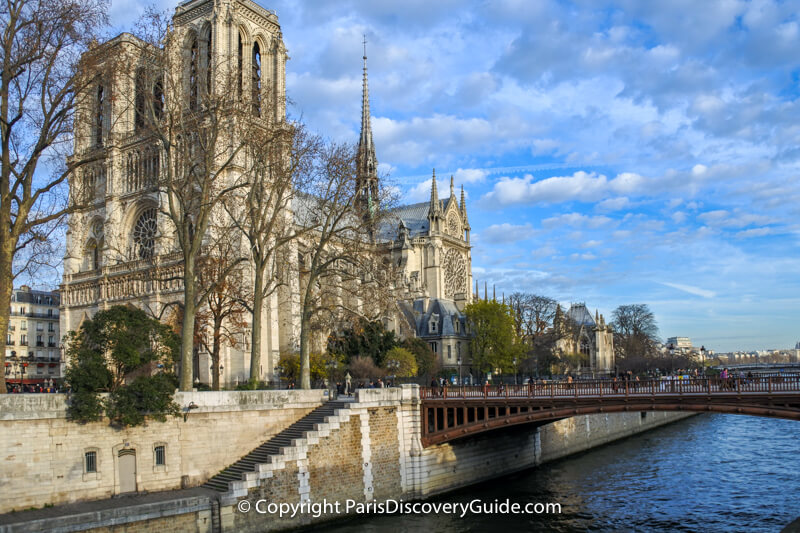 Flying buttresses at the back of Notre Dame Cathedral