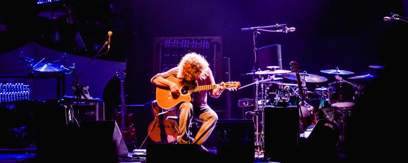 Pat Metheny in concert at l'Olympia in Pari