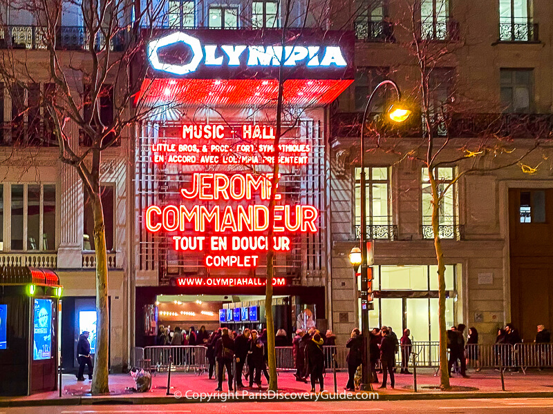 Ticket line outside l'Olympia in Paris 9th arrondissement