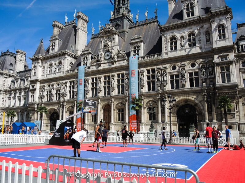 Basketball court in front of Hôtel de Ville (Paris City Hall) during Paris Plages