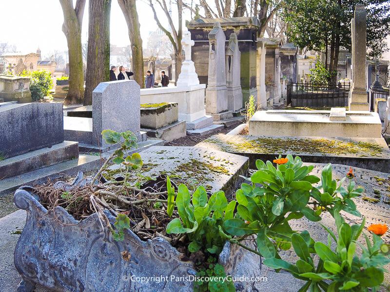 Pere Lachaise Cemetery in March