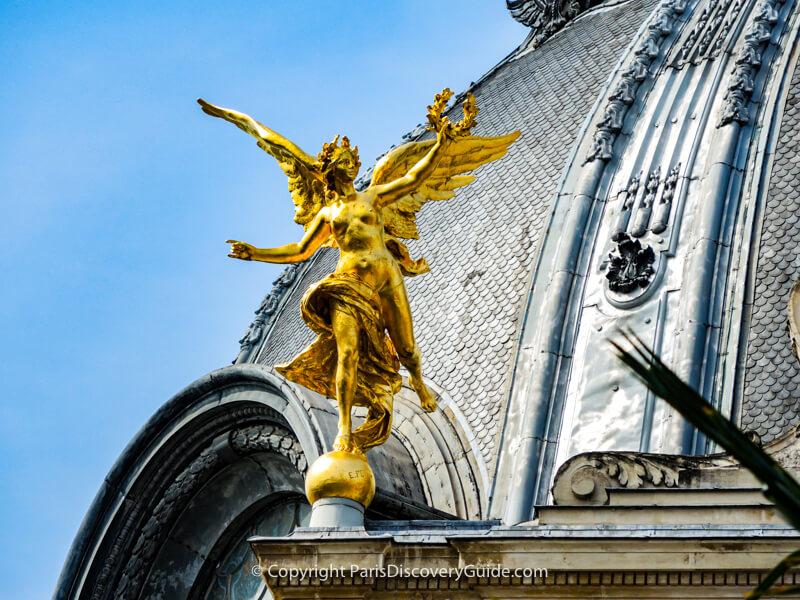 Rooftop angel -Petit Palais