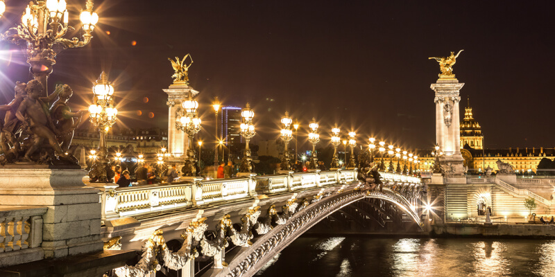 Paris lights up for Nuit Blanche