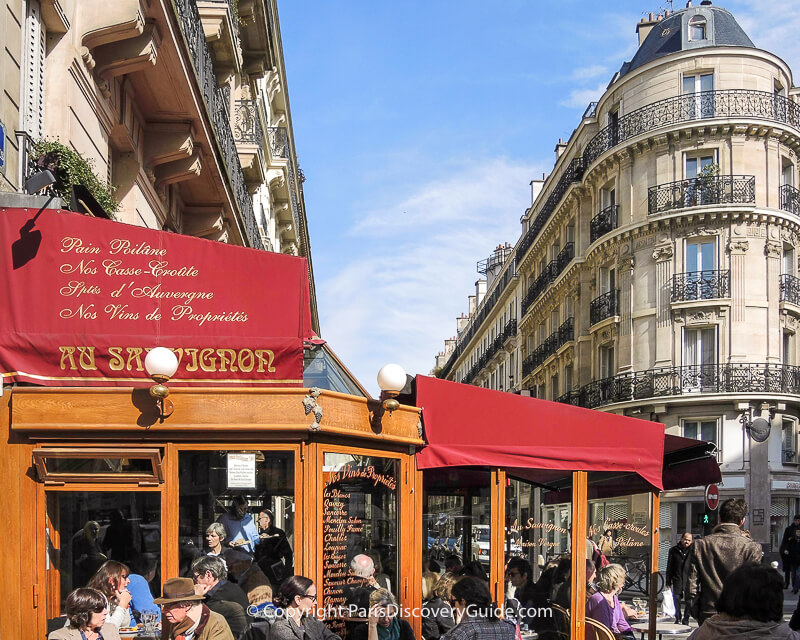 Starbucks on Rue Capucine, 2nd district Paris