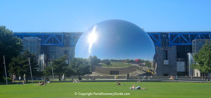 Silver dome (La Géode) housing a theater at Cité des Sciences et de l'Industrie, science and exploration museum at Paris's Parc de la Villette in the 19th Arrondissement