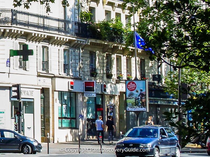 Société Général ATM (near the couple holding hands) on Boulevard Beaumarchais in the 3rd arrondissement