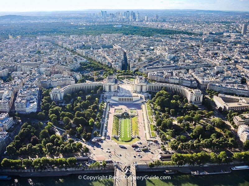 View from the Eiffel Tower's 3rd Level: Seine River, Trocadero/Palais de Chaillot/16th arrondissement, Bois de Boulogne, & La Defense