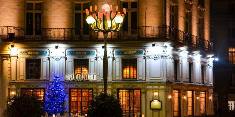La Cigale - Paris concert venue in December