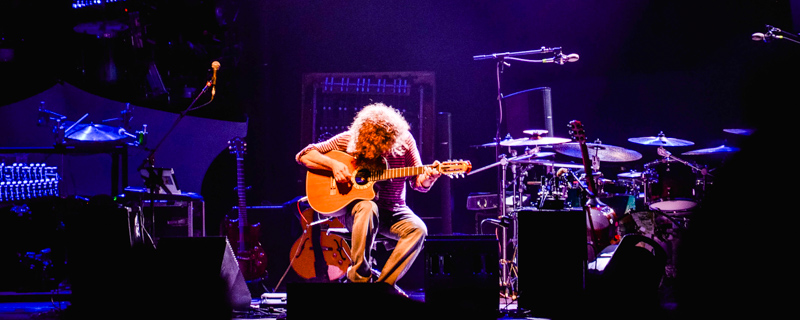 Pat Metheny in concert at l'Olympia in Pari