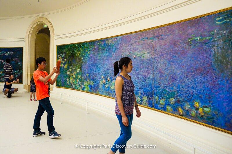 Monet's Water Lilies paintings at Musée de l'Orangerie