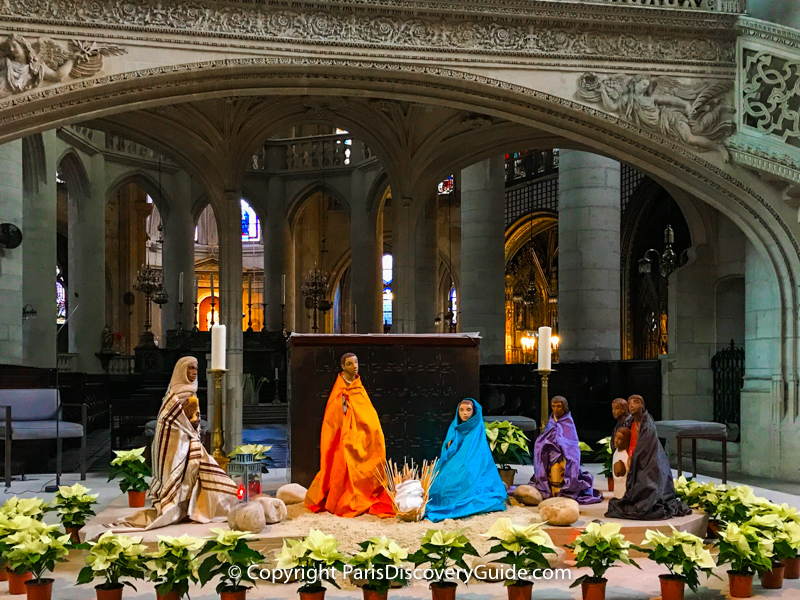 Nativity scene displayed in Saint Étienne du Mont Church