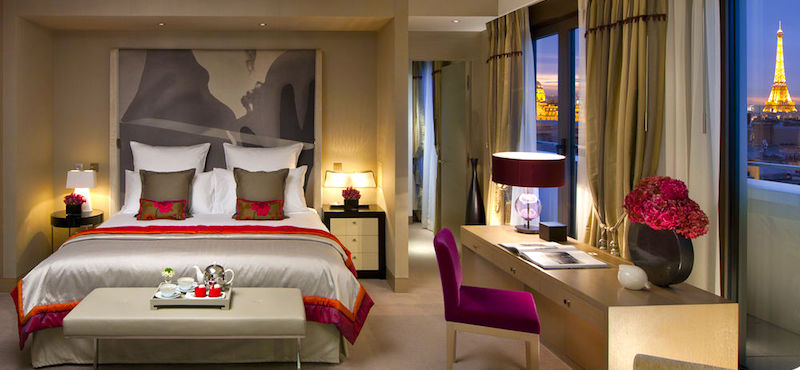 Mandarin Oriental Paris guestroom and view